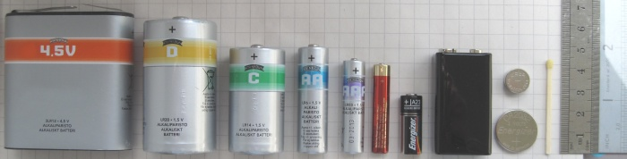 batteries_comparison_45_d_c_aa_aaa_aaaa_a23_9v_cr2032_lr44_matchstick-1